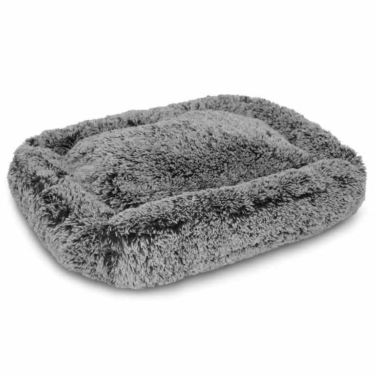 Luxe Pup Lounger Dog Bolster Size: 25