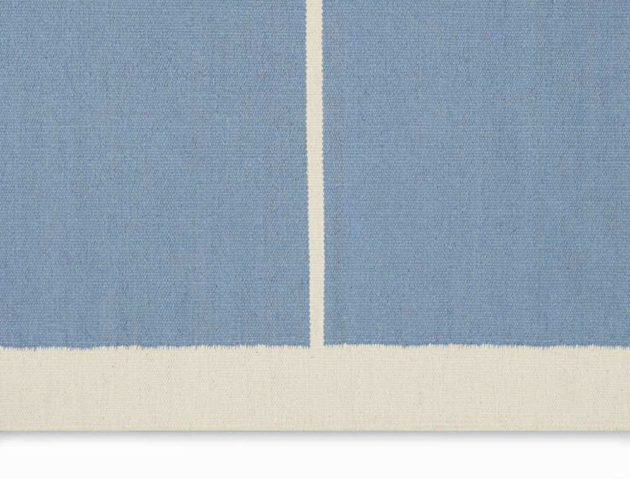 Nashville Modern Hand-Woven Light Blue/Ivory Area Rug Rug Size: Rectangle 4' x 6'