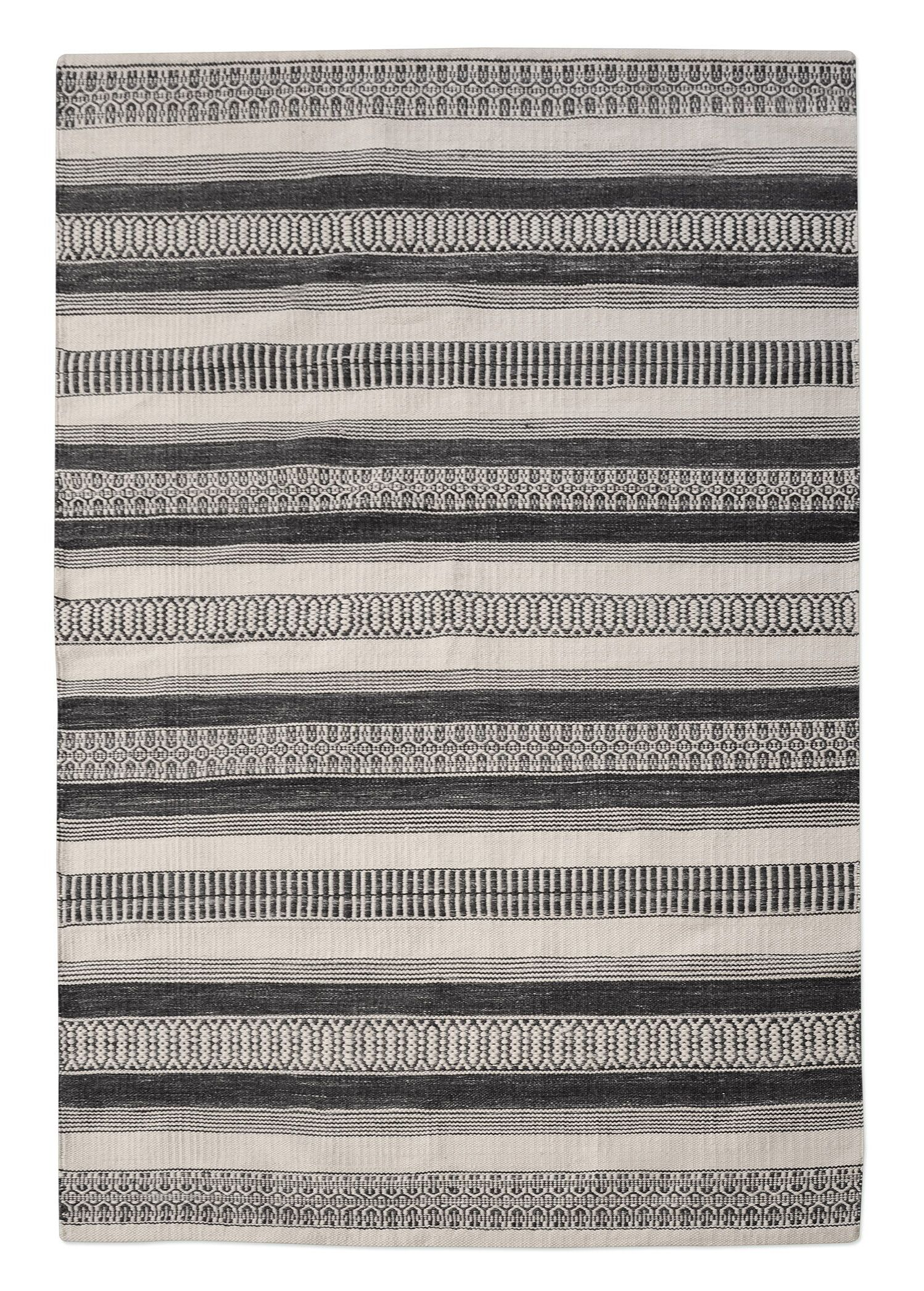 Colliers Hand-Woven Charcoal Indoor/Outdoor Area Rug Rug Size: 8' x 10'
