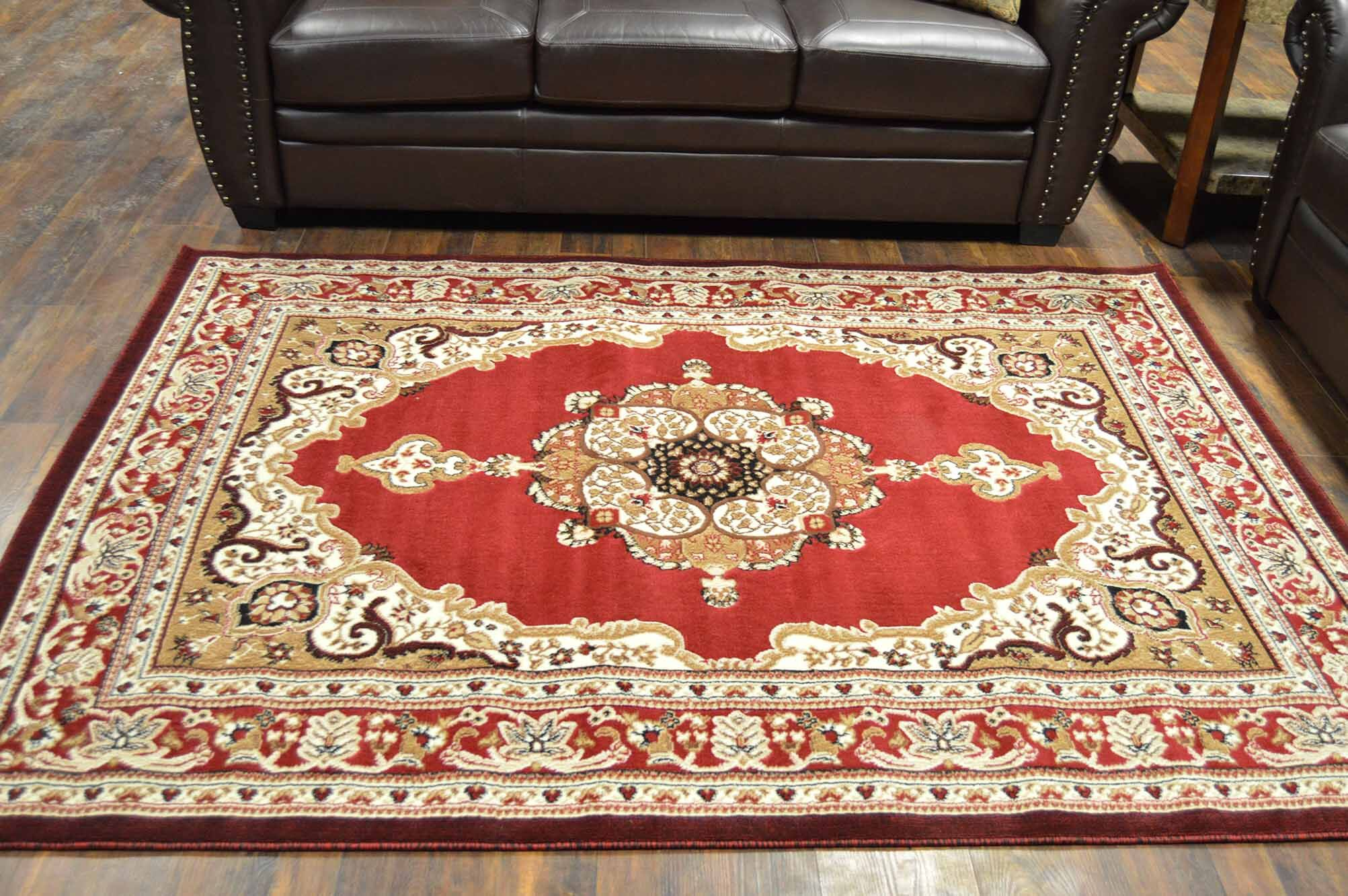 Riche Burgundy Area Rug Rug Size: Rectangle 5' x 7'