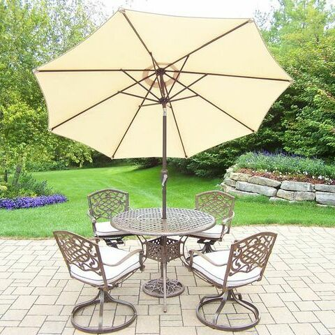 Mississippi 5 Piece Dining Set with Cushions Cushion Color: Oak Meal, Umbrella Color: Beige