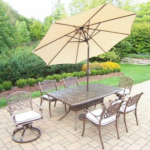 Mississippi 7 Piece Dining Set with Cushions Umbrella Color: Beige, Cushion Color: Oak Meal