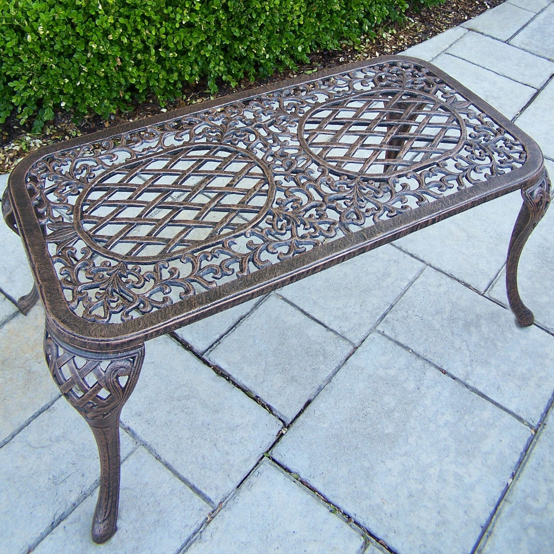 Mississippi Coffee Table Finish: Antique Bronze
