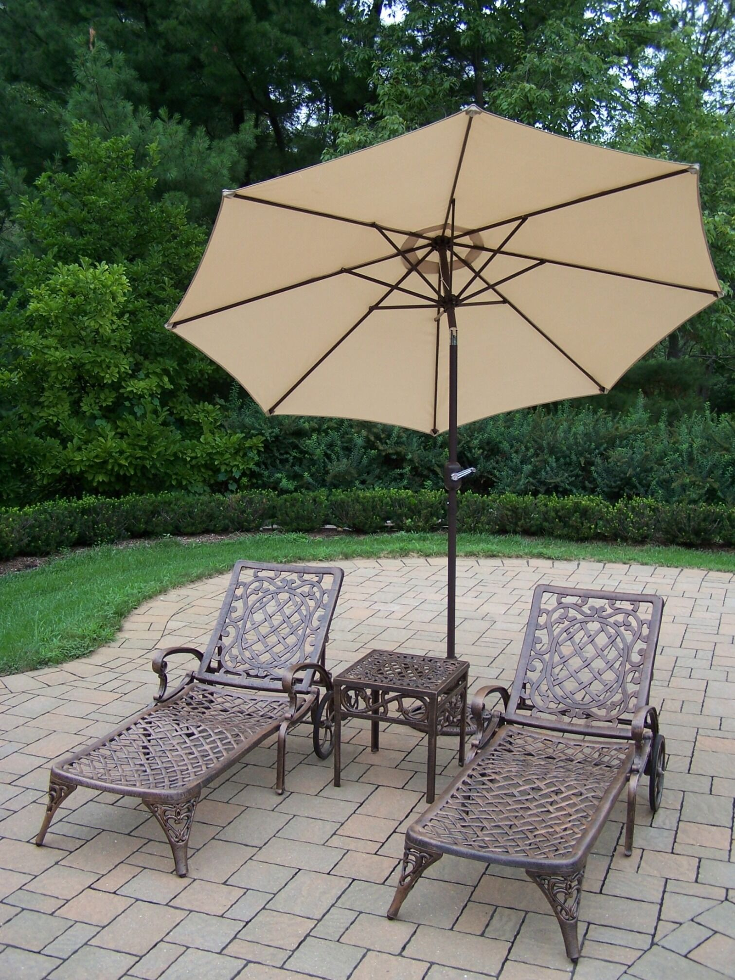 Mississippi 5 Piece Conversation Set with Cushions Umbrella Fabric: Beige