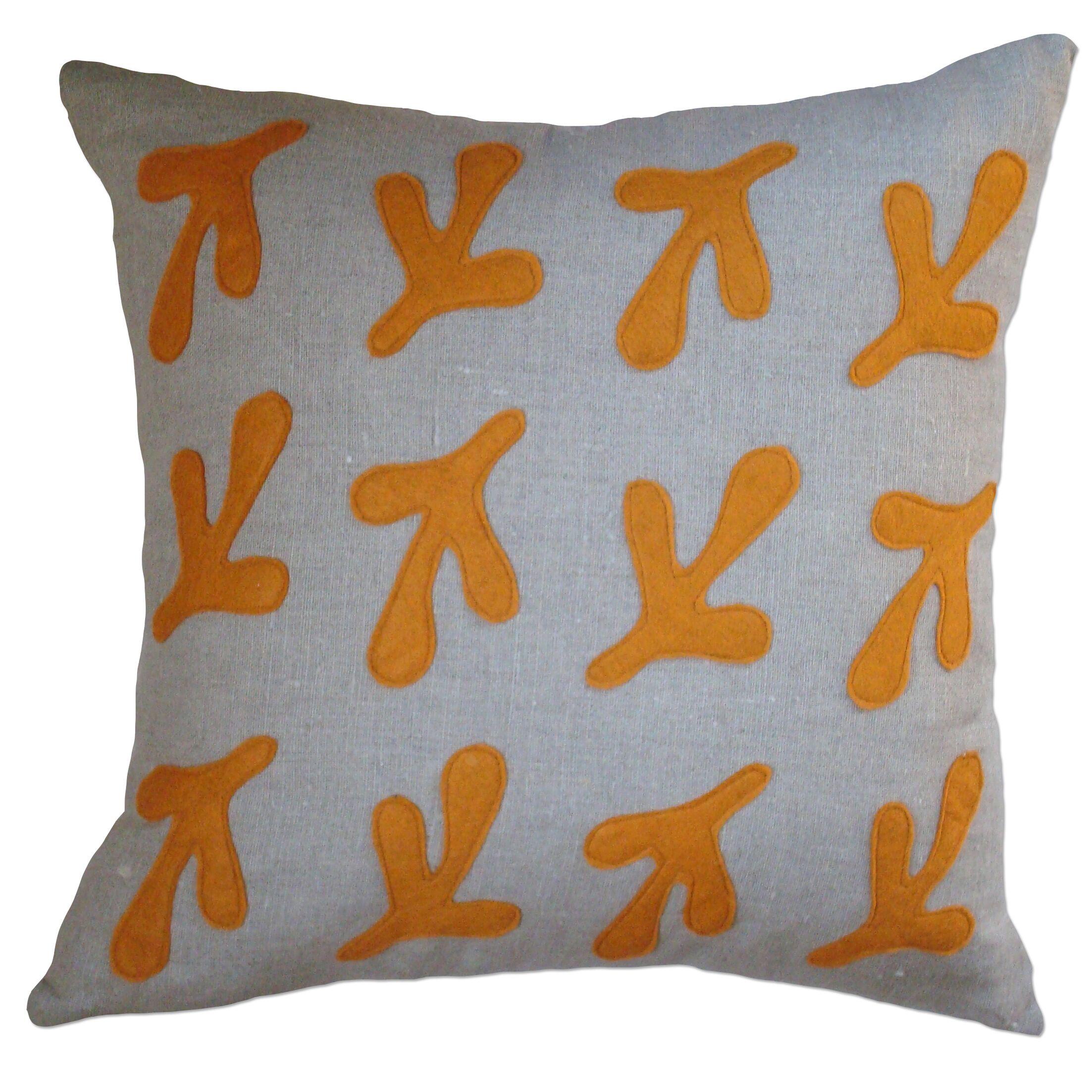 Applique Bird's Feet Linen Throw Pillow Color: Oatmeal Linen Fabric in Spice