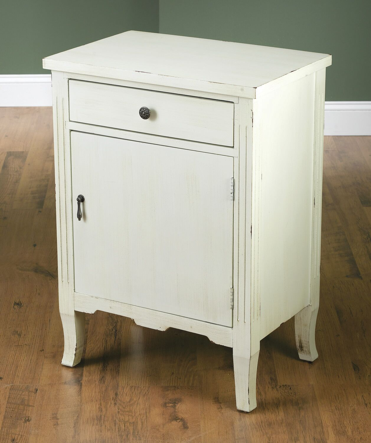 End Table Color: White