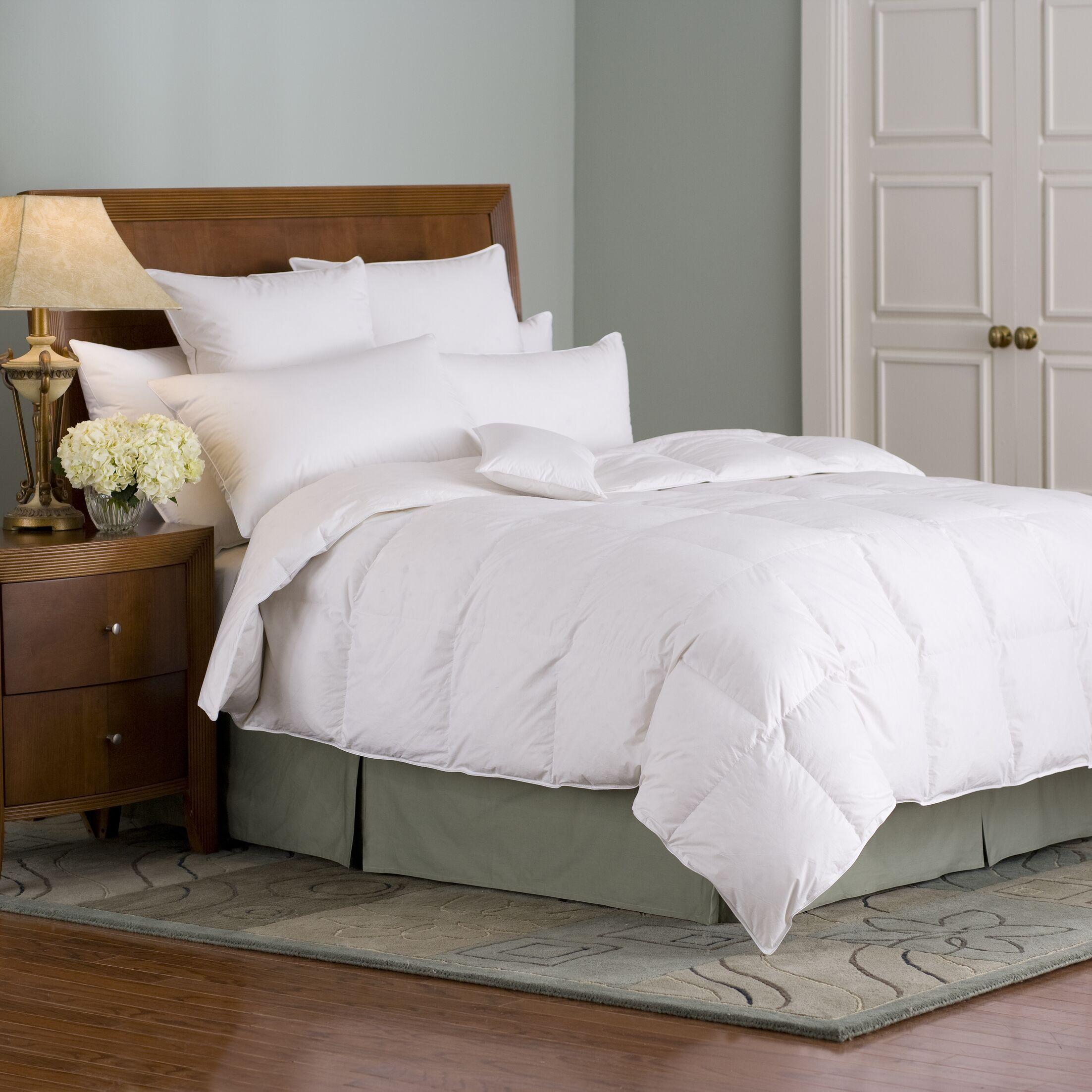 Organa All Season Down Comforter Size: Queen