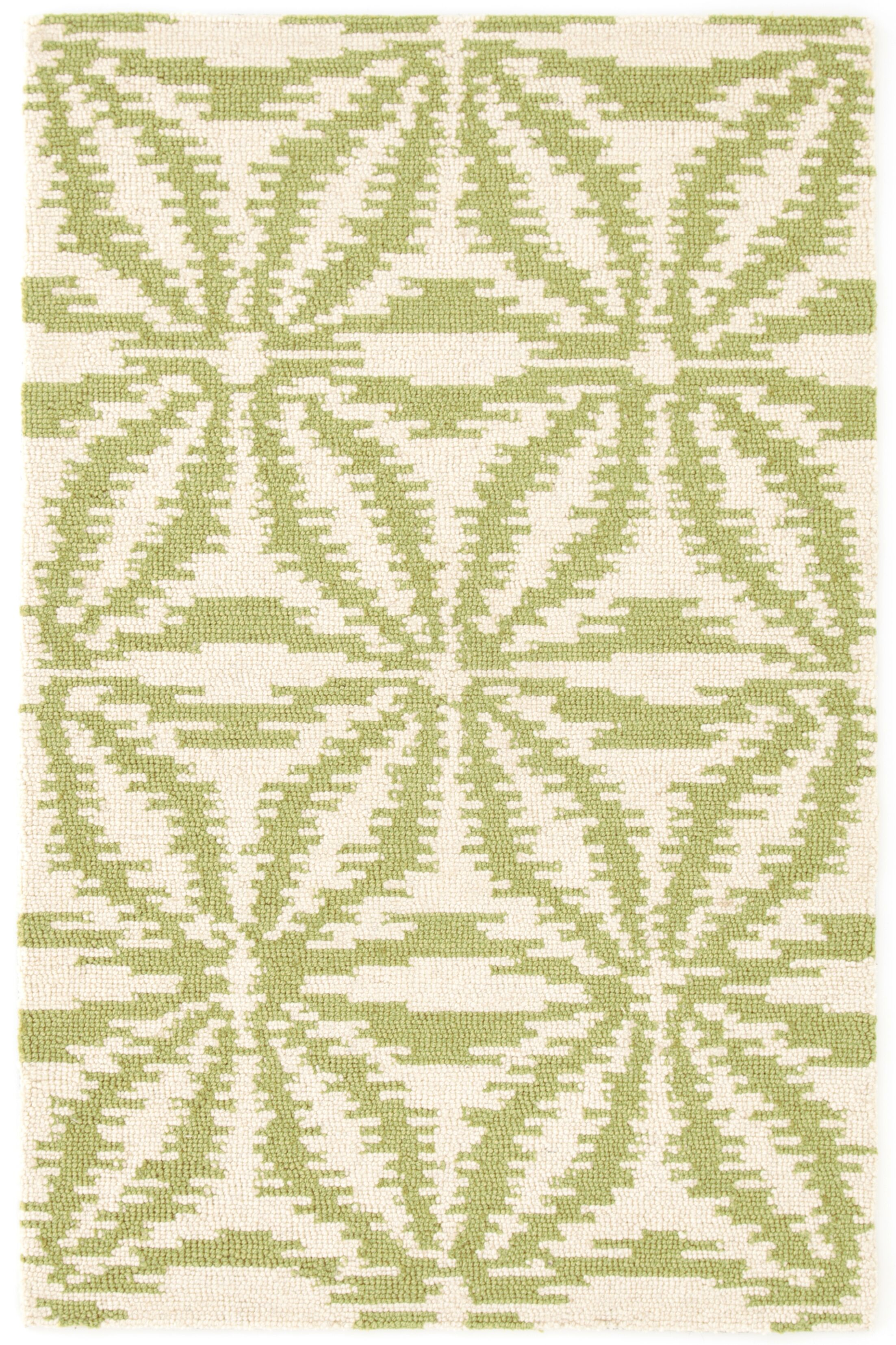 Aster Hooked Green Area Rug Rug Size: Rectangle 6' x 9'