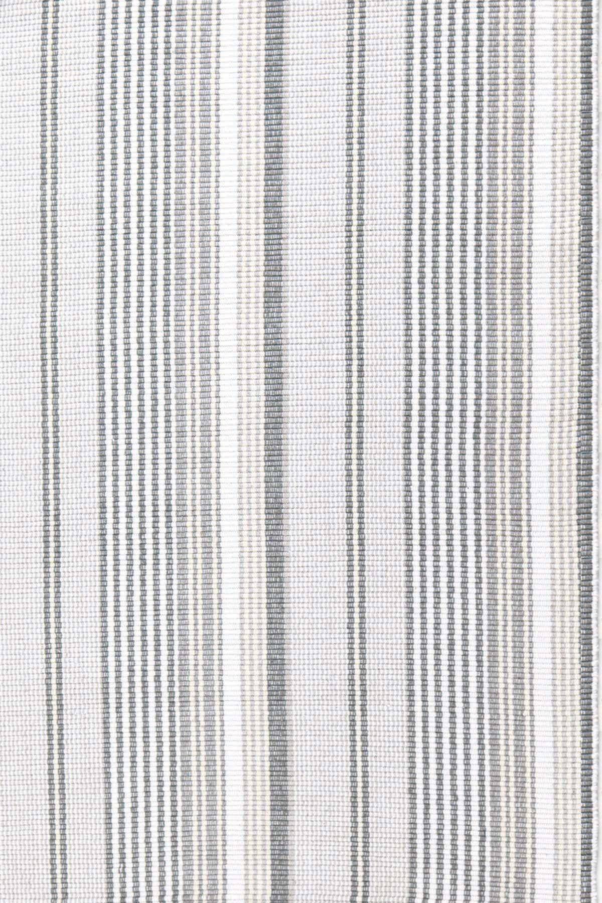 Gradation Gray/White Indoor/Outdoor Area Rug Rug Size: 2' x 3'