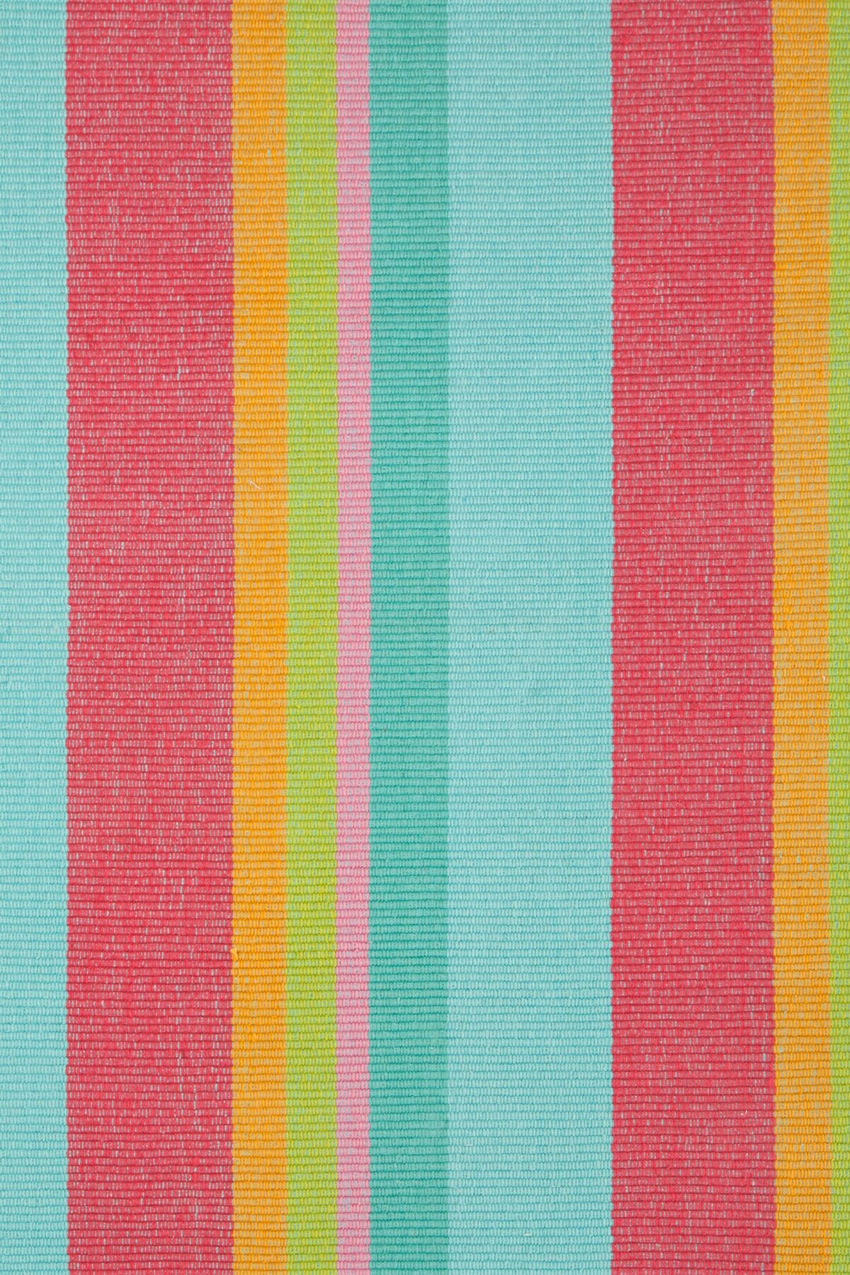 Hand Woven Pink/Blue Area Rug Rug Size: 4' x 6'