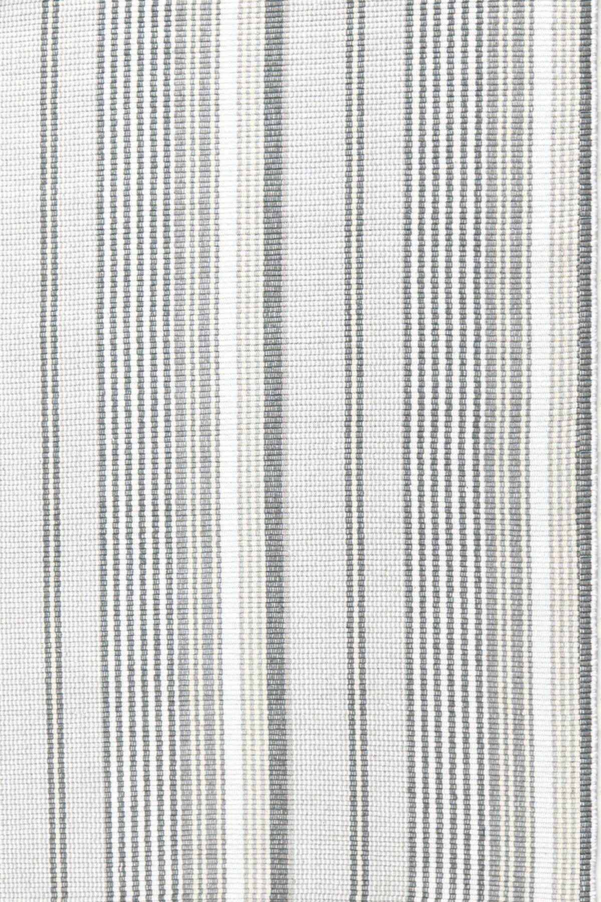 Hand Woven Grey Area Rug Rug Size: 4' x 6'