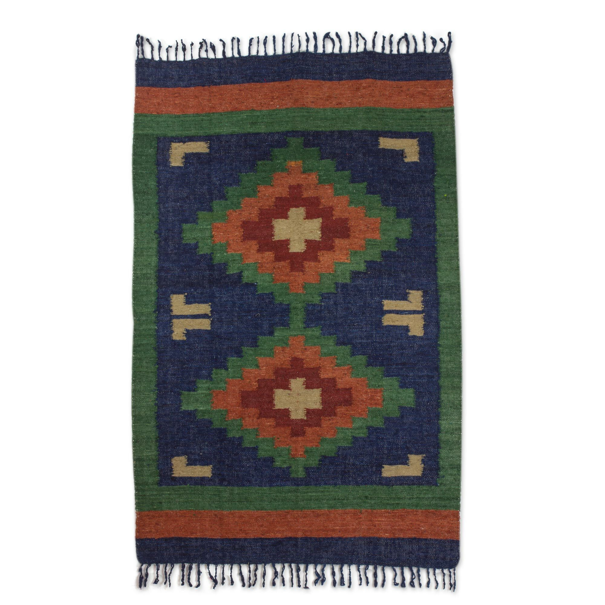Hand-Loomed Blue/Green Area Rug Rug Size: Rectangle 4' x 6'