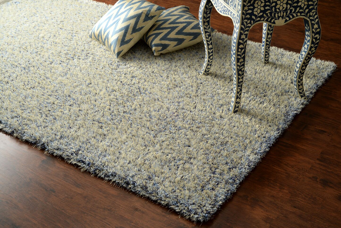 Glamour Hand-Tufted Blue Area Rug Rug Size: Rectangle 5' x 8'