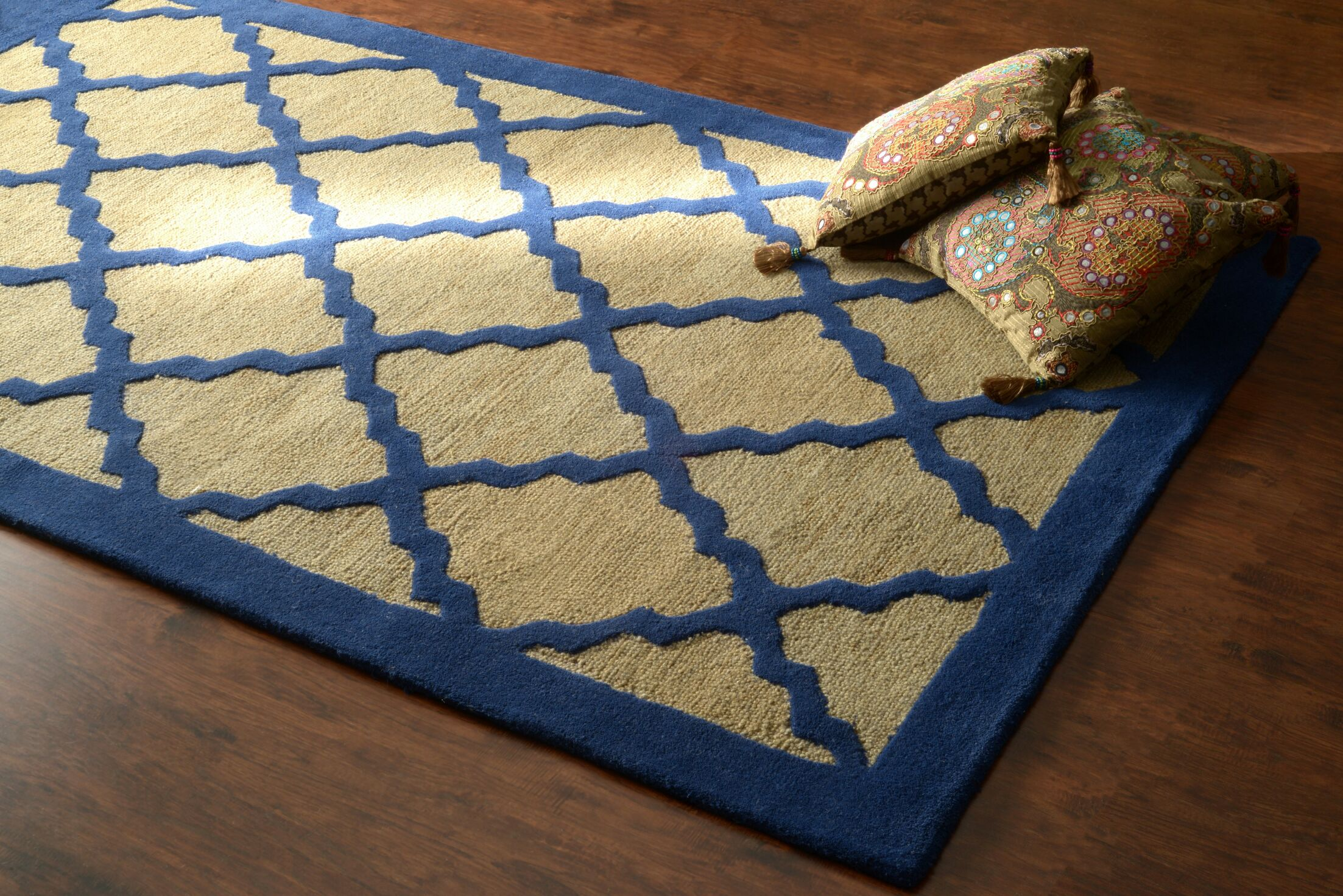 Varanas Hand-Woven Wool Blue/Yellow Area Rug Rug Size: Rectangle 8'6