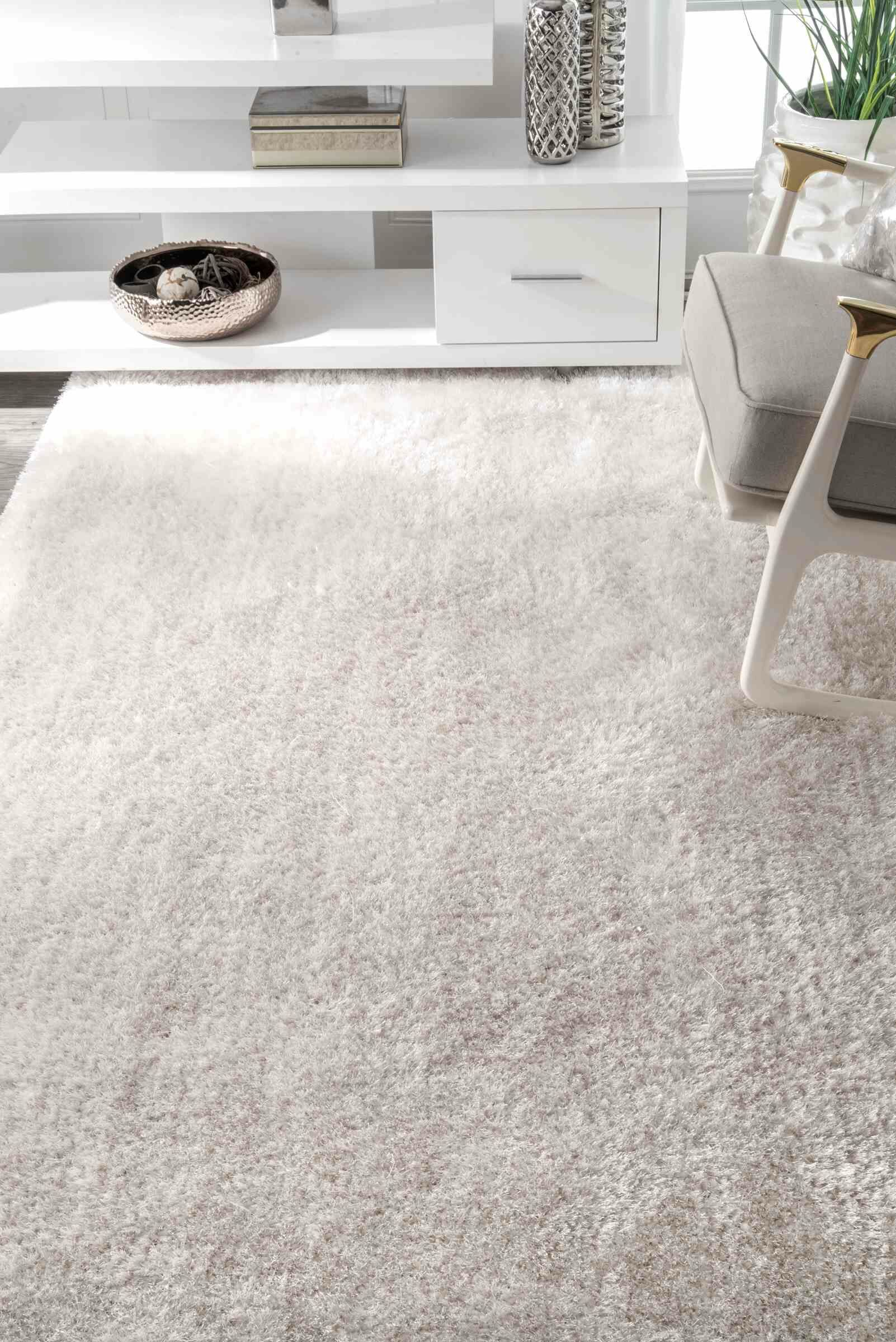 AlaudaIvory Area Rug Rug Size: Rectangle 5' x 8'