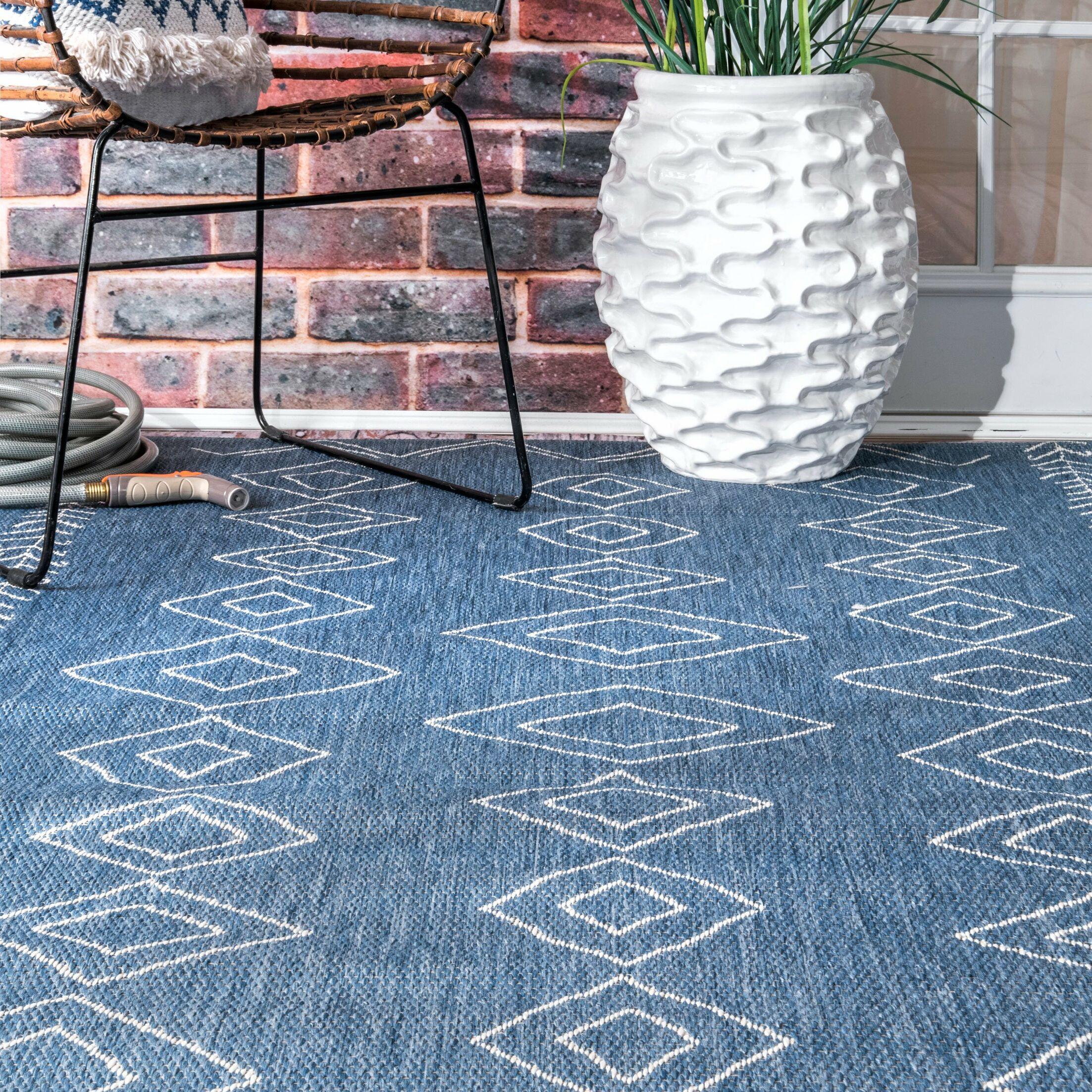 Allaryce Blue Indoor/Outdoor Area Rug Rug Size: Rectangle 6'3