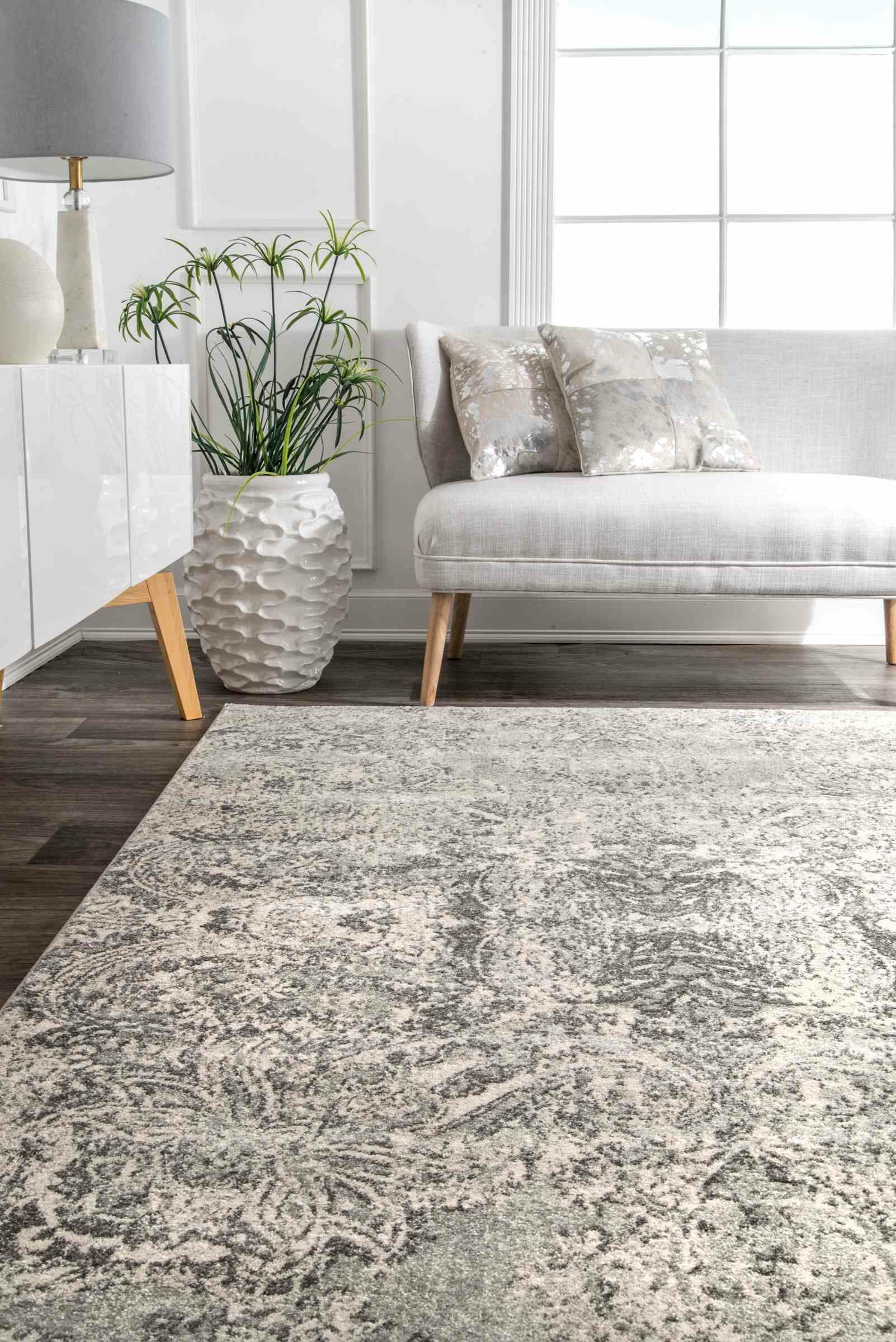 Cleavenger Traditional Gray Area Rug Rug Size: Rectangle 5' x 7'5