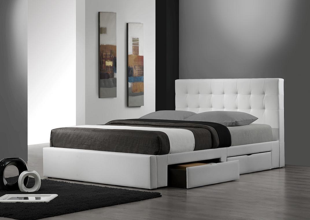 Upholstered Storage Platform Bed Size: Queen, Color: White