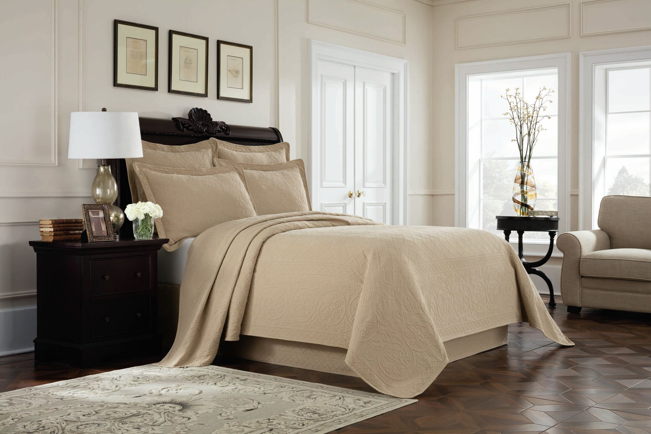 Williamsburg Richmond Bed Skirt Color: Linen, Size: Full