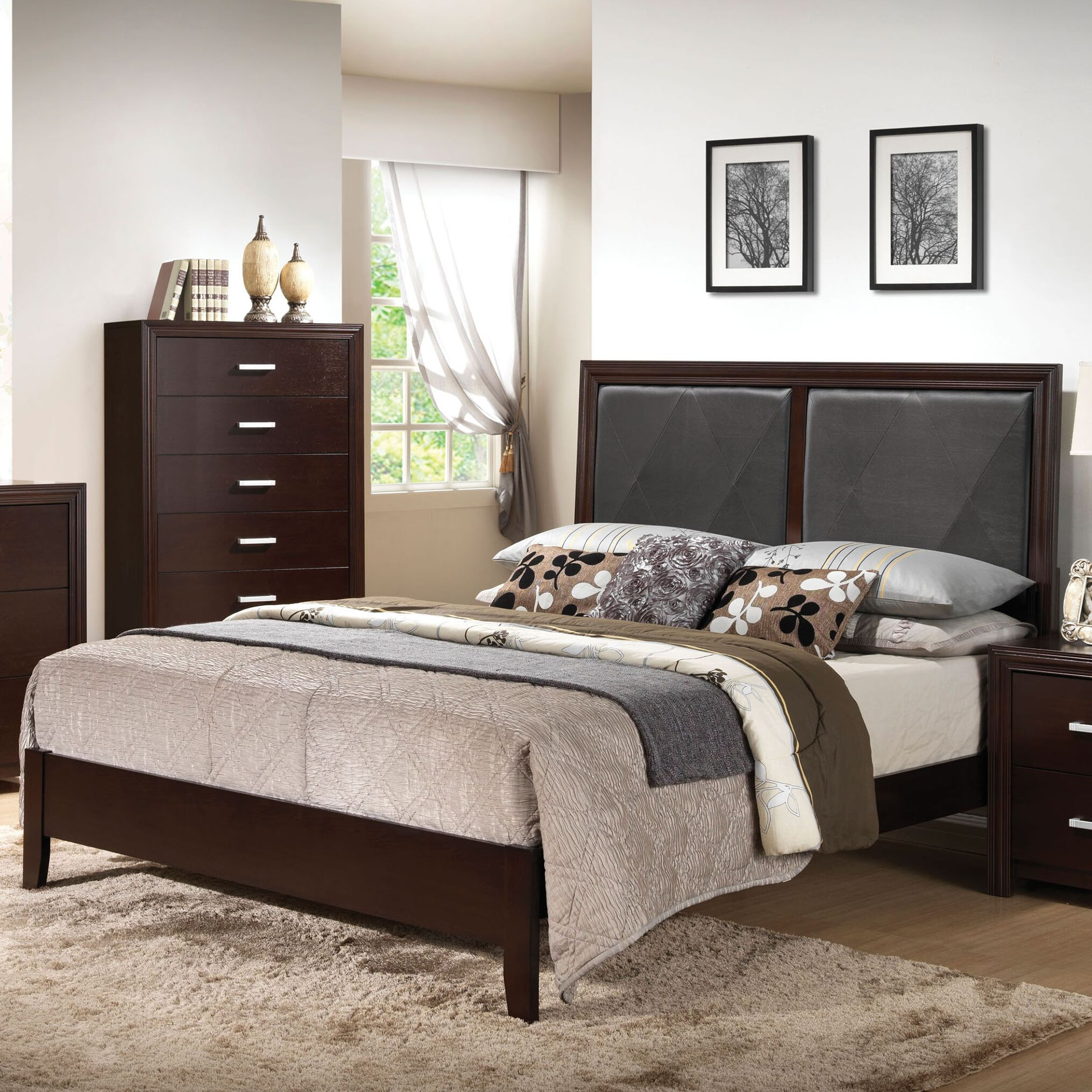 Welcher Upholstered Panel Bed Size: Queen