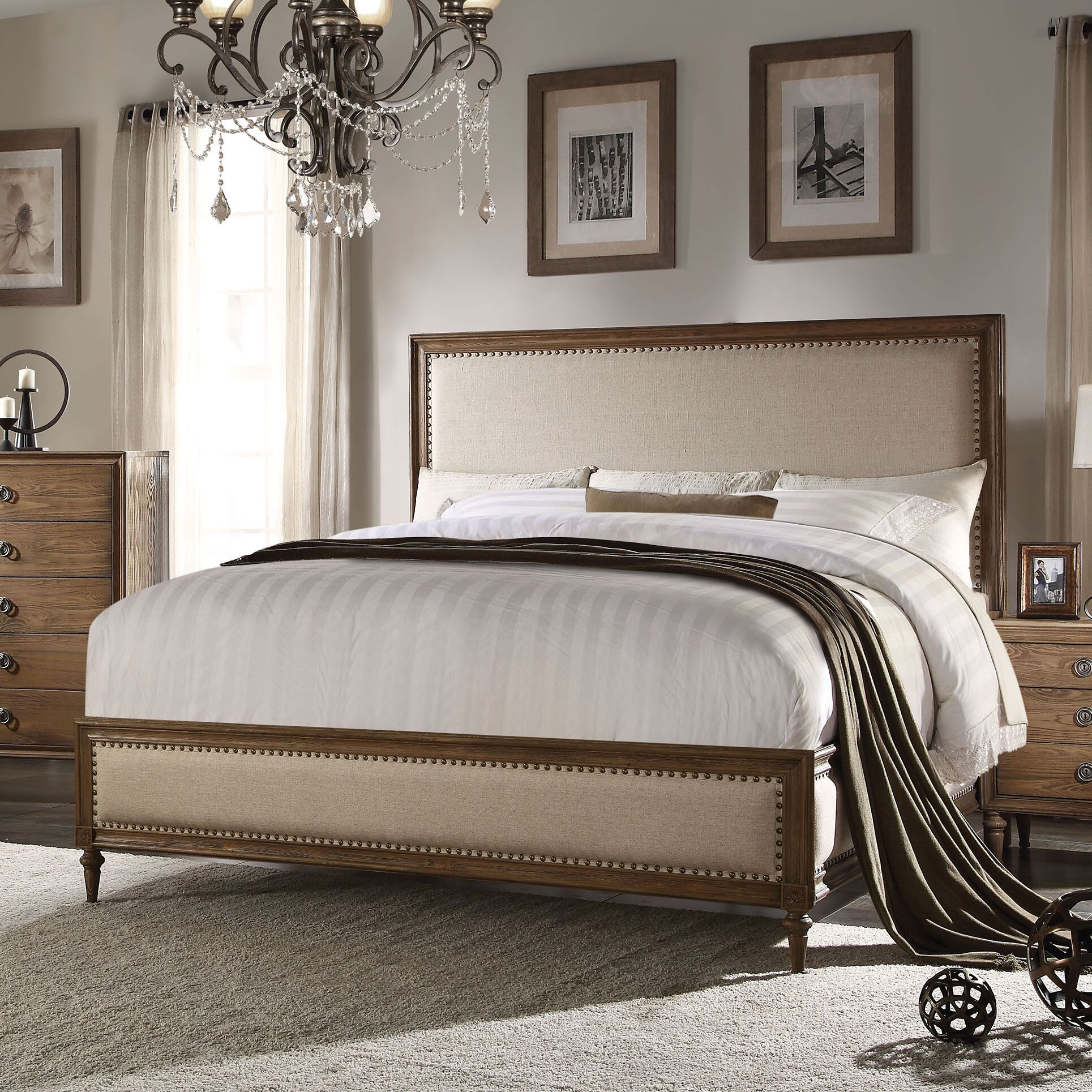 Knollwood Upholstered Panel Bed Size: Queen