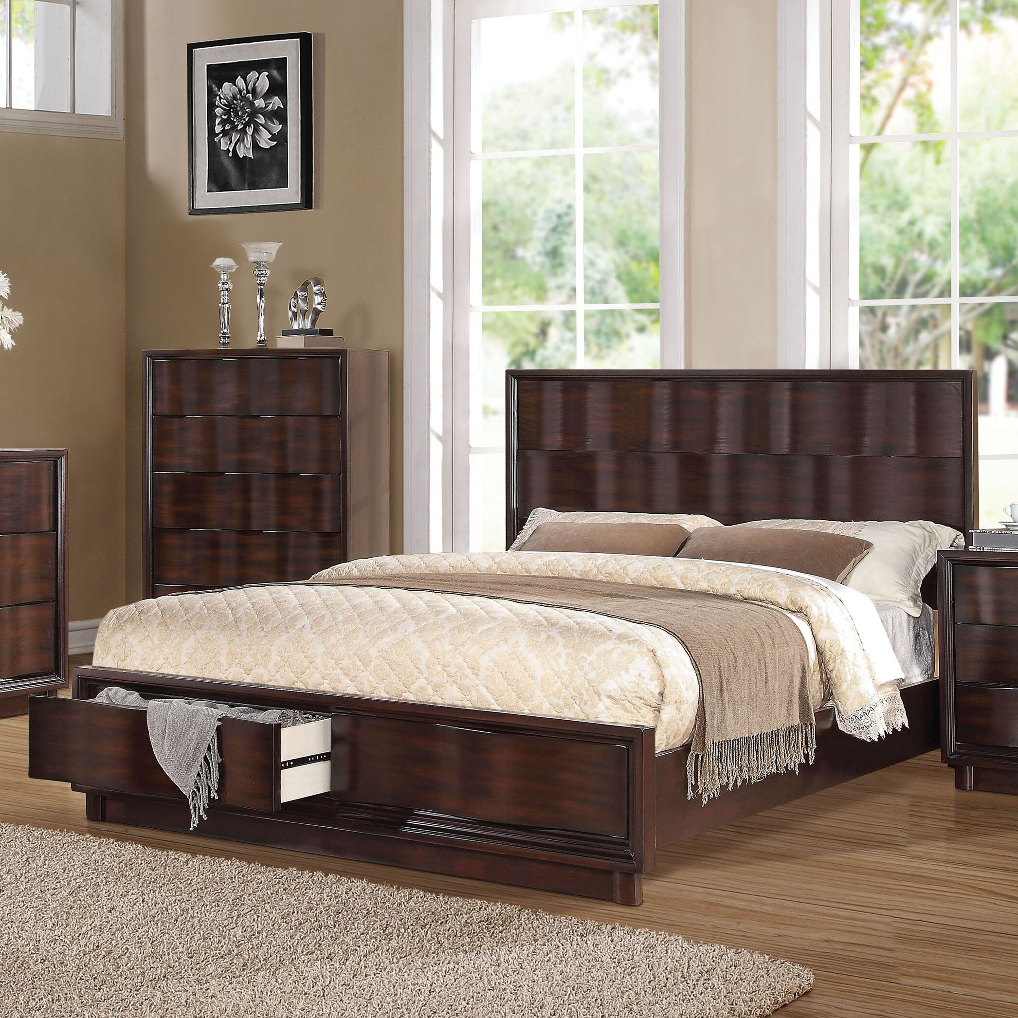 Azalee Storage Platform Bed Size: Queen