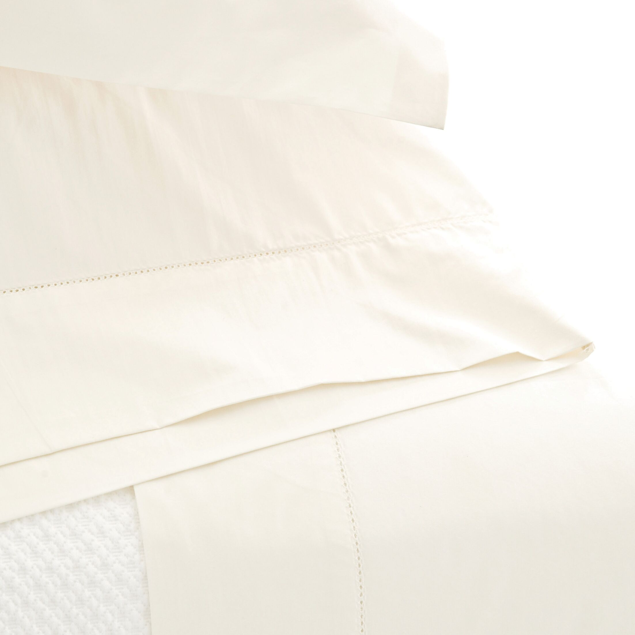 Classic Hemstitch 400 Thread Count 100% Cotton Sheet Set Size: Full, Color: Ivory