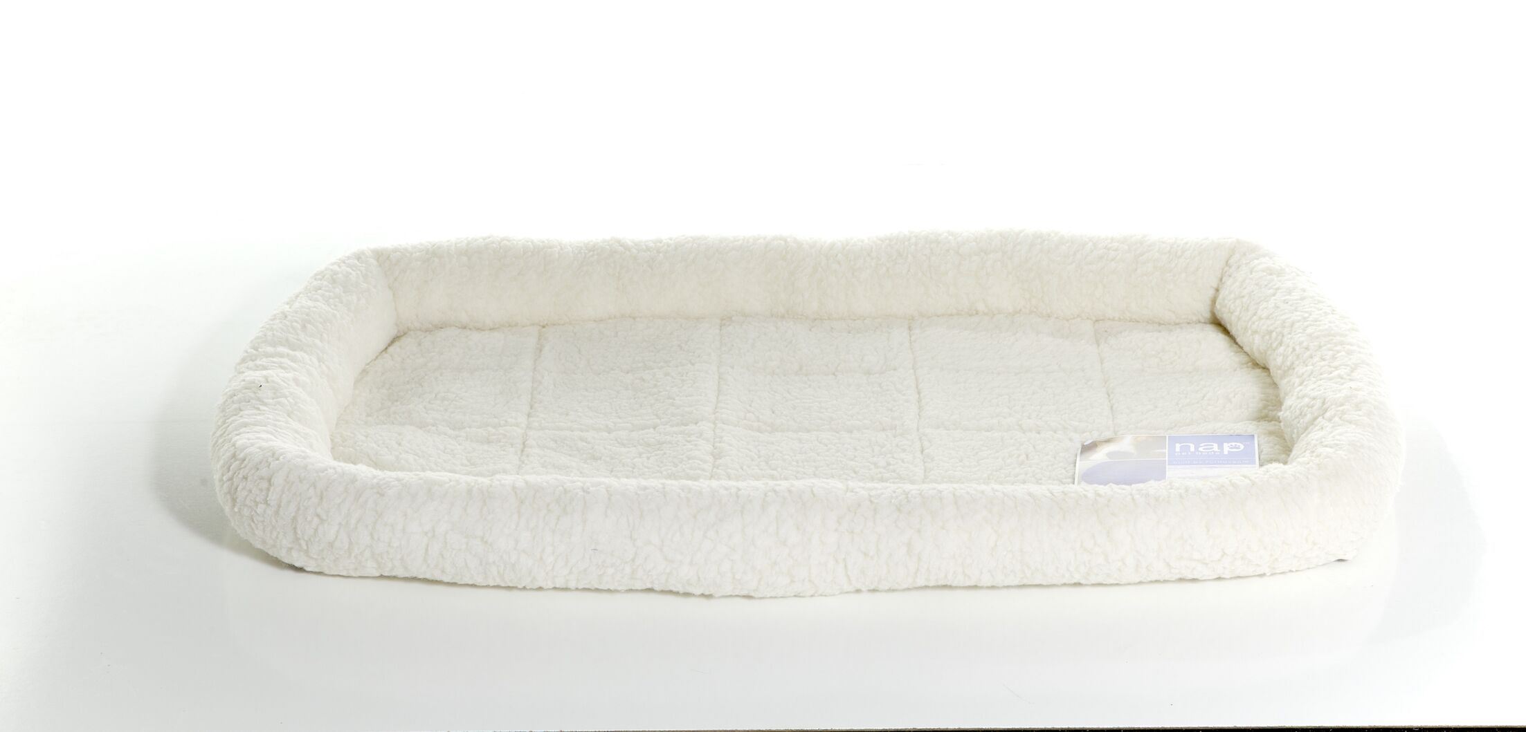 Carlyle Pet NAP Bolster Pet Bed Color: Cream, Size: 18