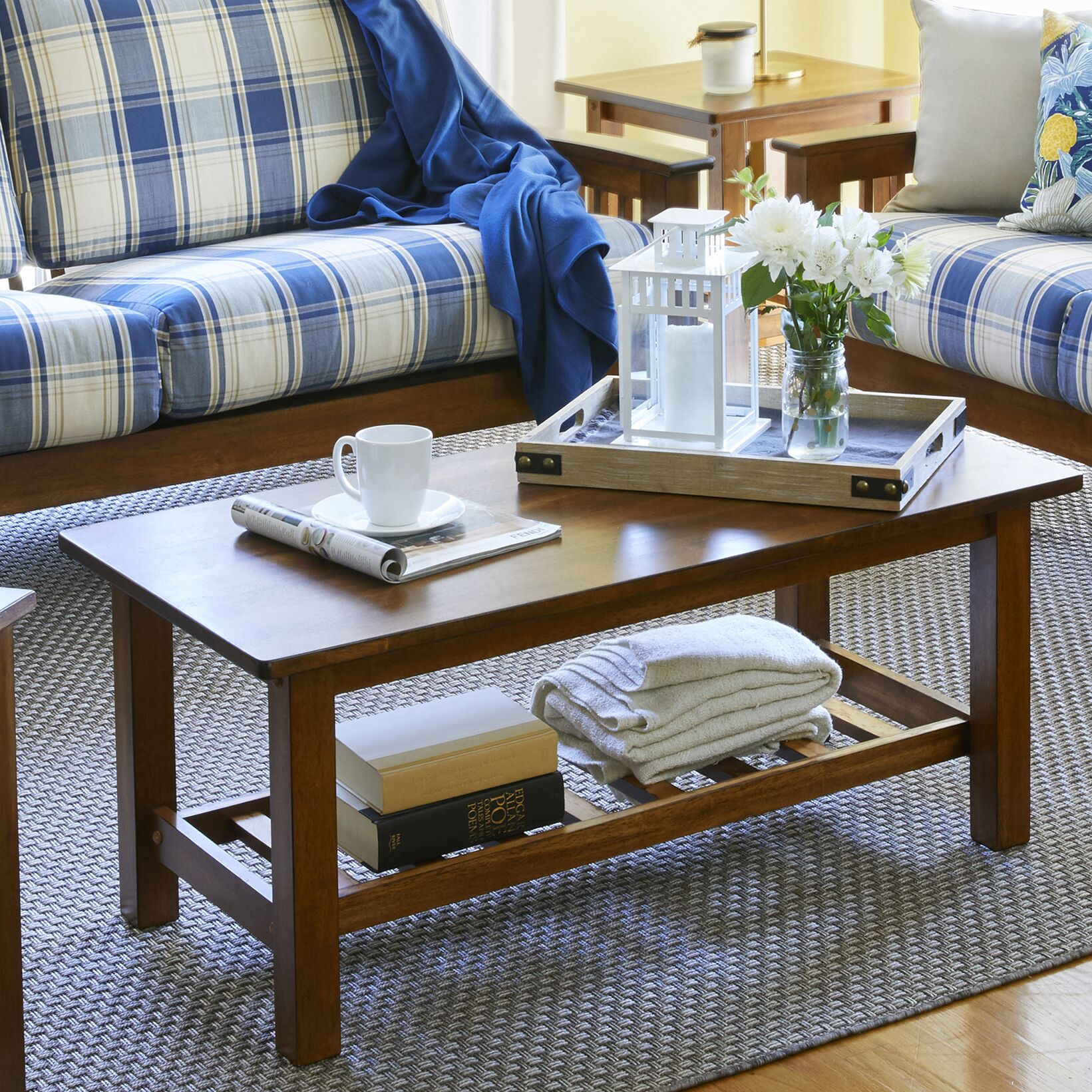 Delfausse Coffee Table Color: Cherry