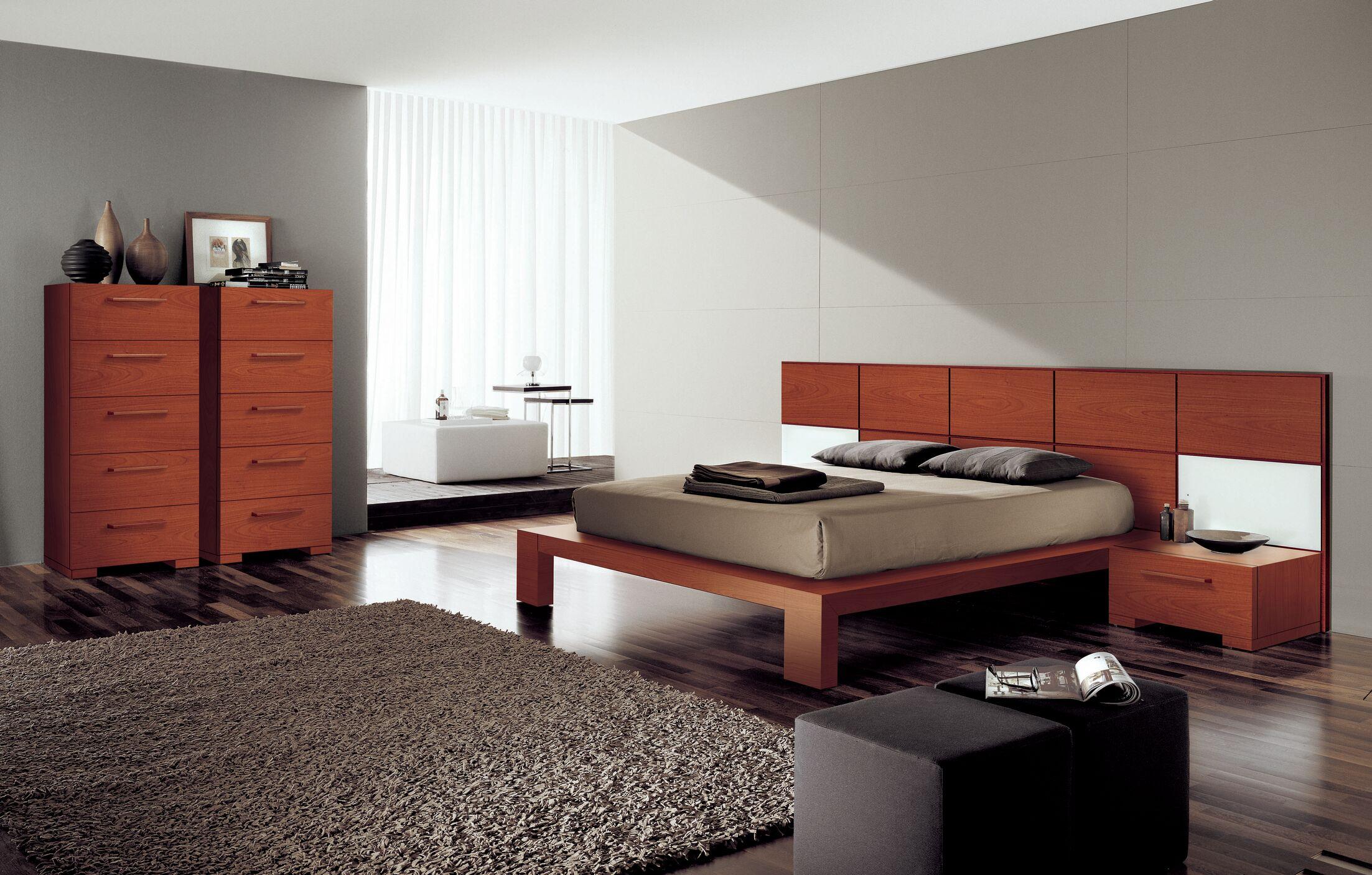 Wynd Platform Bed Size: King, Color: Cherry