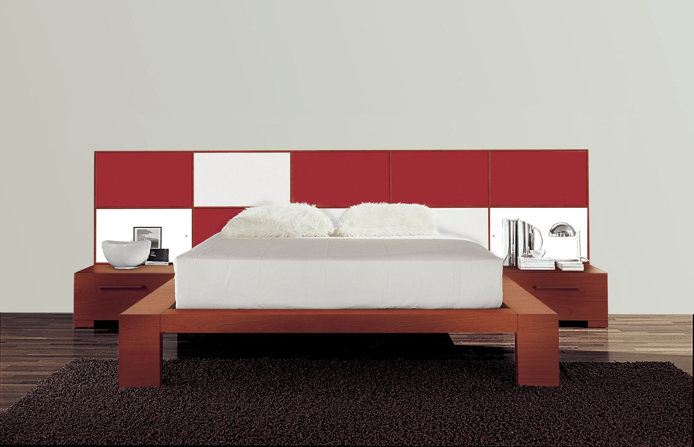 Wynd Platform Bed Size: Queen, Color: High Gloss Red/White