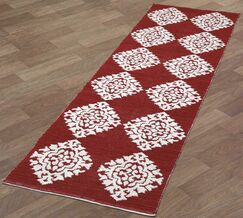 Jacquard Hand-Woven Red Area Rug Rug Size: 5' x 8'