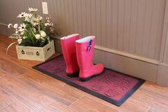Shield Lug Sole Boot Tray Color: Bordeaux