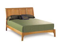 Sarah Platform Bed Color: Natural Cherry, Size: Queen
