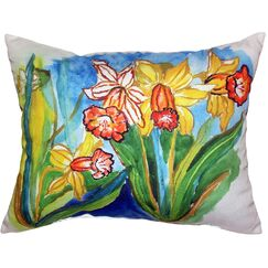 Daffodils Indoor/Outdoor Lumbar Pillow Size: Large