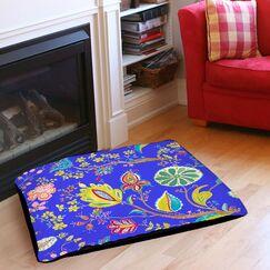 La Roque Summer Floral Indoor/Outdoor Pet Bed Size: 28