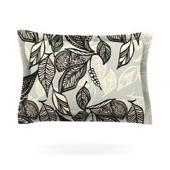Java Leaf by Gill Eggleston Featherweight Pillow Sham Size: Queen, Fabric: Cotton