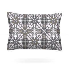 Green White Jaws by Miranda Mol Featherweight Pillow Sham Size: Queen
