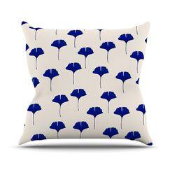 Leaf by Iris Lehnhardt Throw Pillow Size: 18