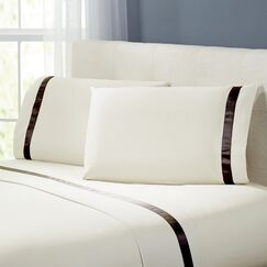 Coolidge 400 Thread Count Cotton Sheet Set Color: Ivory / Mocha, Size: Full