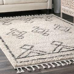 Ledet Off-White Area Rug Rug Size: Rectangle 6' 7