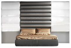 Berkley Platform Bed Size: King