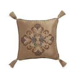 Cadeau Throw Pillow