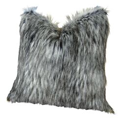 Wagaman Siberian Husky Faux Fur Pillow Fill Material: Cover Only - No Insert, Size: 26