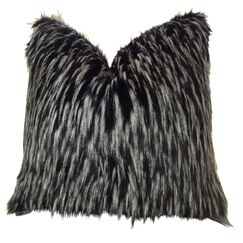 Josue Faux Fur Pillow Fill Material: 95/5 Feather/Down, Size: 24