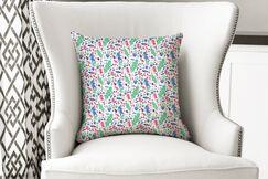 Jamestown Huntersland Bright Throw Pillow Size: 16