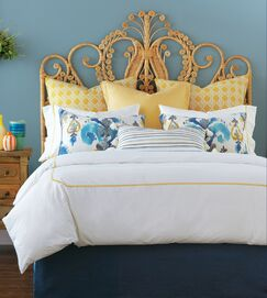 Remy Bed Runner Size: Queen