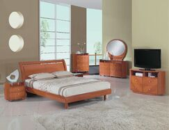 Bernstein Platform 4 Piece Bedroom Set Bed Size: Queen, Color: Cherry