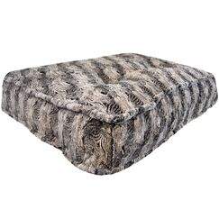 Aparicio Rectangle Arctic Seal Dog Pillow Size: Medium (32