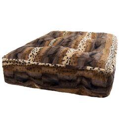Aparicio Rectangle Classic Bed Size: 6